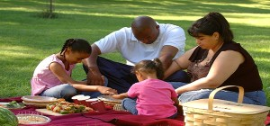 black-family-praying