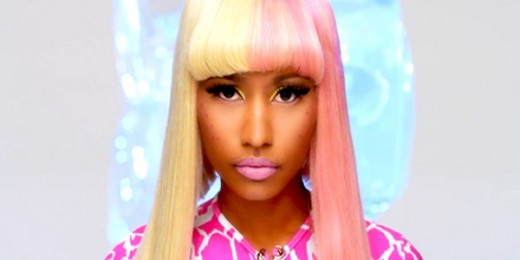 Nicki-Minaj-Super-Bass-Video