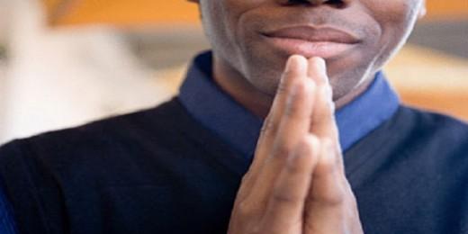 black-man-praying