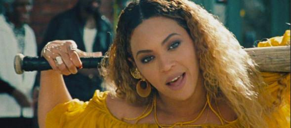 Beyonce_bat