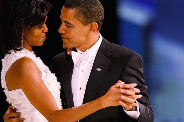 Obama_embrace_findsource