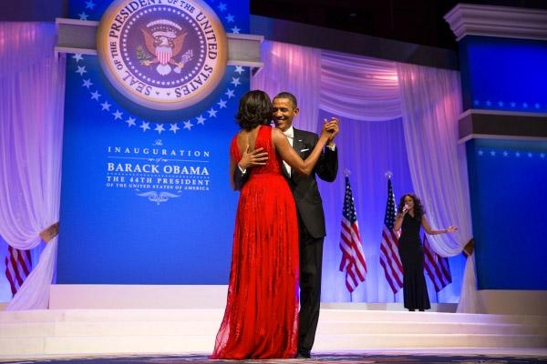 Obamas_smile_dance_Whitehousegov