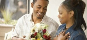 tnmcoupledategiftflowers_feature
